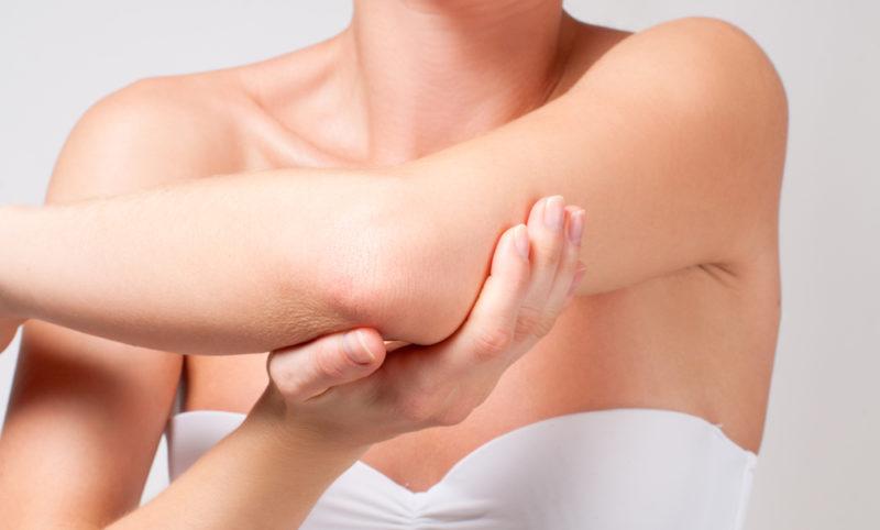 Восстанавливается поражённая структура кожи