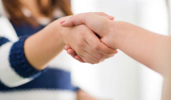 Не стоит избегать общения с больными псориазом