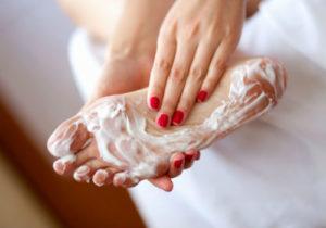 Тщательно очистить кожный покров