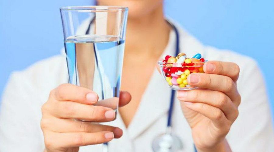 Оксикорт совместно с противогельминтными средствами